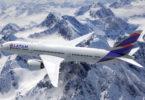 Latam realiza vuelo entre Santiago de Chile y Torres del Paine
